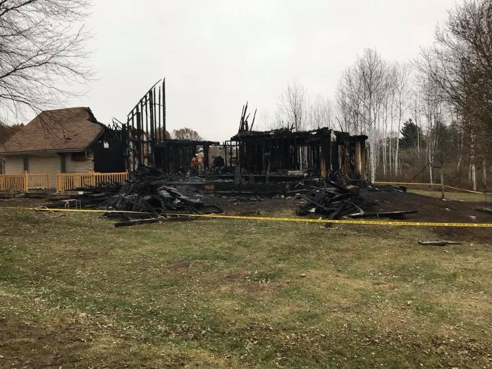 6 dead in IL house fire