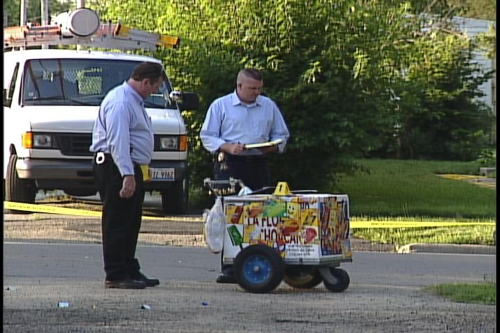 Photo of Isidro Duran's ice cream cart after shooting in 2007.