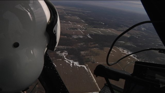 What the pilot should see out of a clear helicopter window.