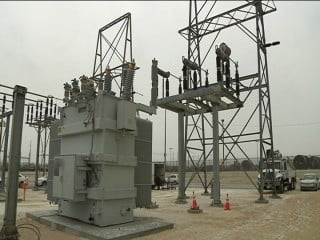 Substation workers can train on.