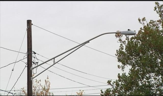 Streetlight along Mulberry St. between Albert Ave & Sunset Ave. eligible for removal