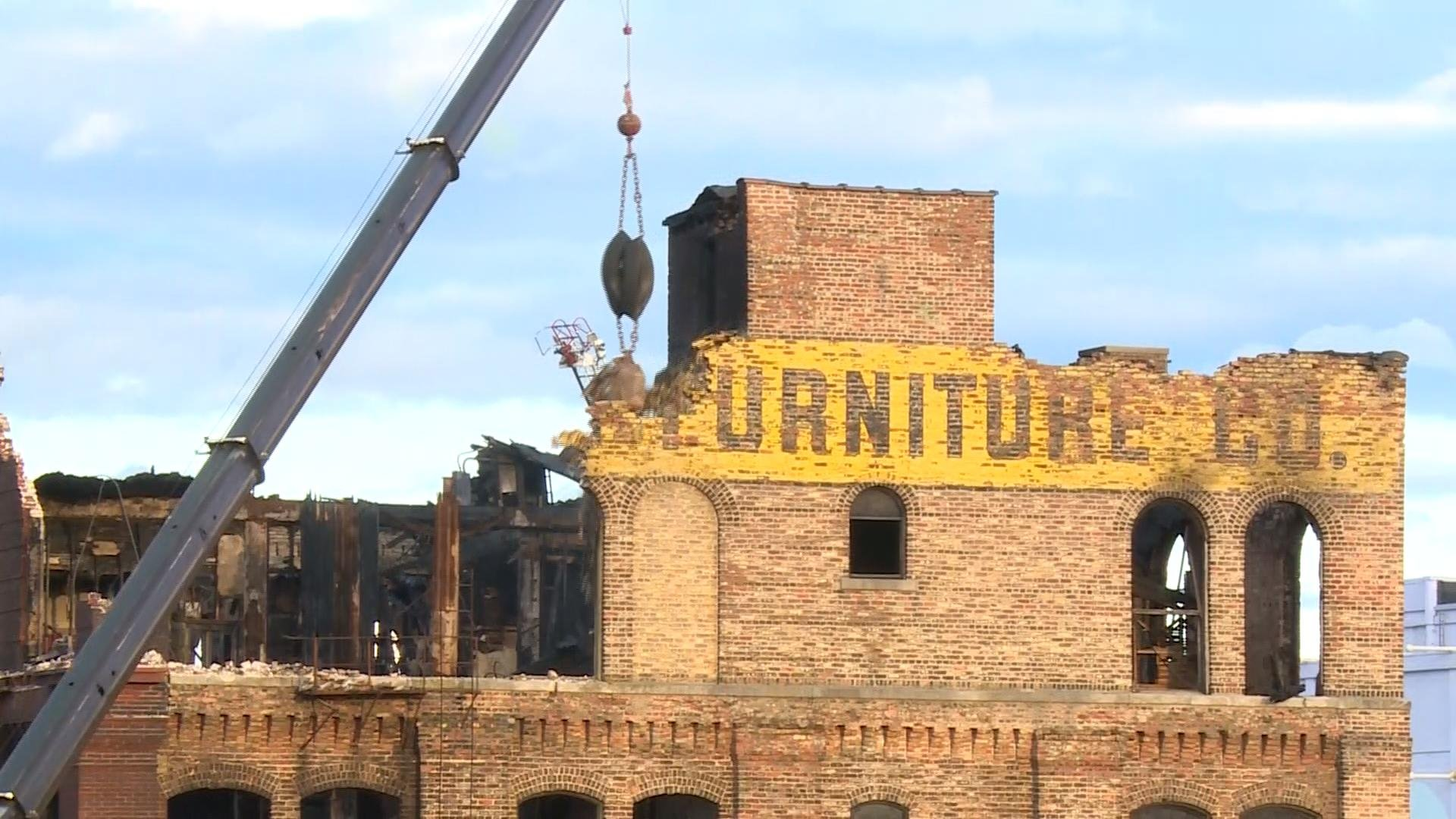 Hanley building demolition to cost more than expected for Cost to build a house in iowa