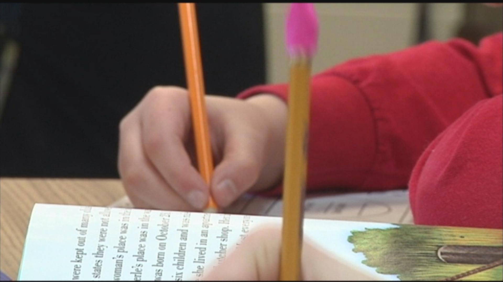 Rps Approves Agreement With Rockford Teachers Ends Contract Sta