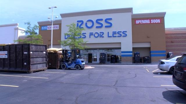 ross dress for less opens in machesney park this month rockford s news leader. Black Bedroom Furniture Sets. Home Design Ideas