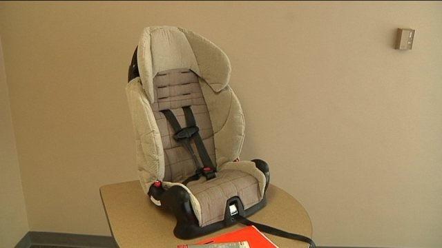 law change coming for car seats rockford s news leader. Black Bedroom Furniture Sets. Home Design Ideas