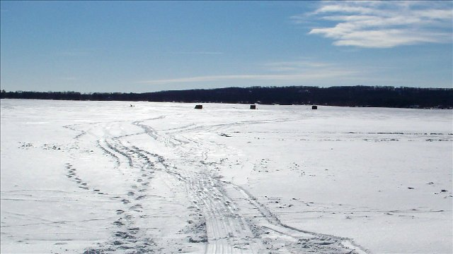 Cold snap leads to early start to wisconsin ice fishing for Wi fishing season