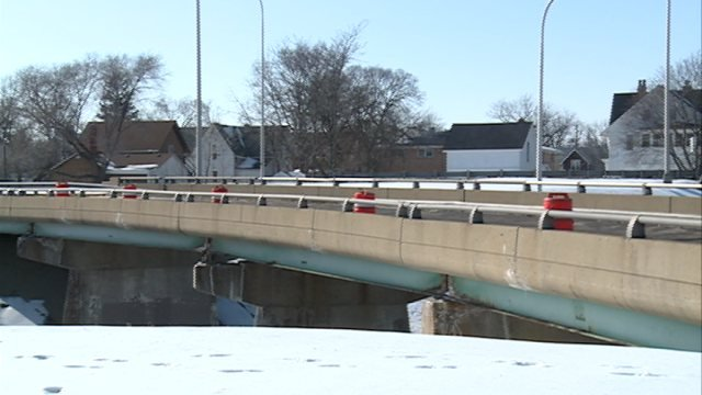 Rockford bridge deemed unsafe kttc rochester austin for Community motors mason city